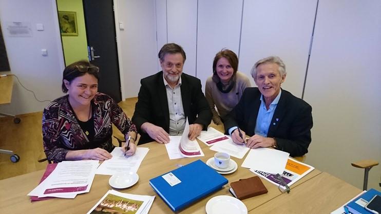 Signing partnership between different authorities